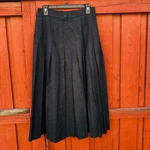 Vintage 80s pleated charcoal gray Wool Maxi Skirt